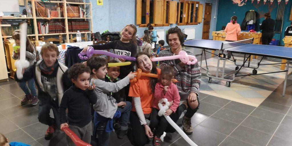 Avenutra con niños en Halloween